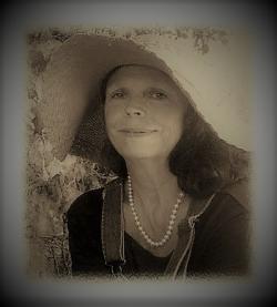 Laury Sepia (3)